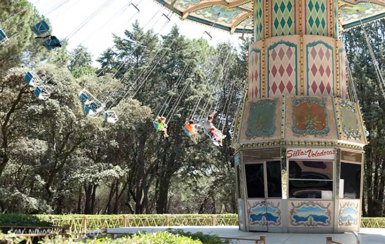 sillas-voladoras-parque-atracciones-madrid