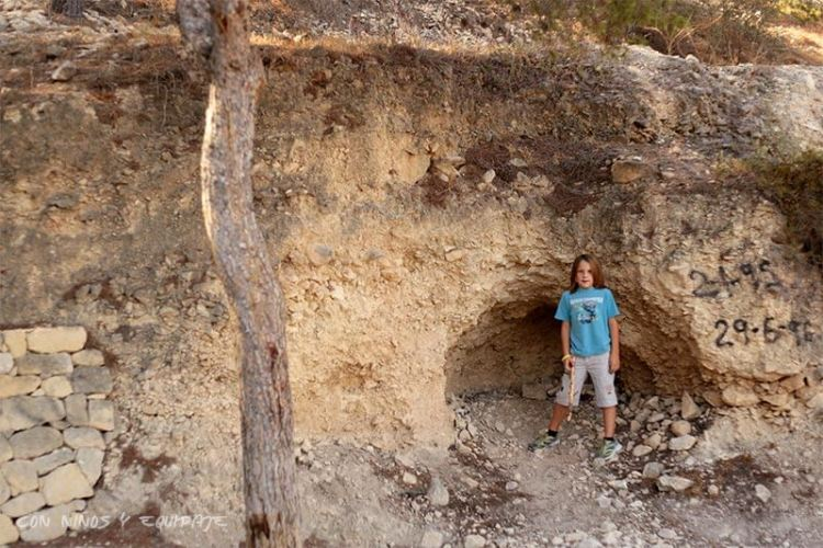 Cuevas de la Serra Grossa