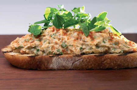 Crab Salad with Paprika and Toasted Country Bread