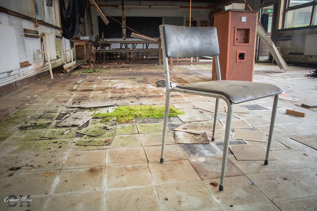 Carmel College Oxfordshire Urbex Labs Chair 1024x683 Carmel College, Oxfordshire