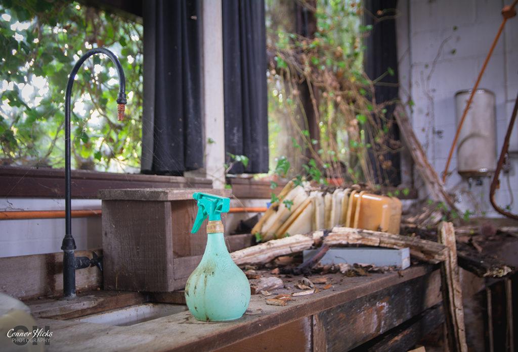 Carmel College Spray Bottle Urbex 1024x697 Carmel College, Oxfordshire