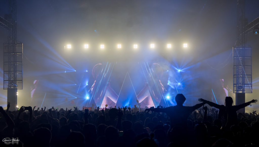 Armin Van Buuren Crowd Creamfields 1024x582 Creamfields 2016