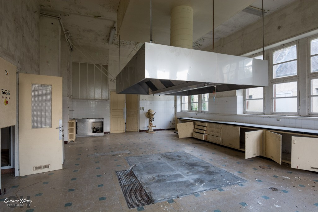 Hospital Plaza France Urbex Kitchen 1024x683 Hospital Plaza, France