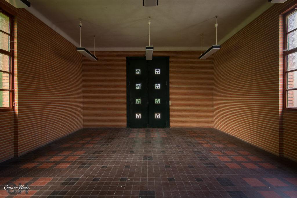 urbex france la morgue prelude 1024x684 La Morgue Prelude, France
