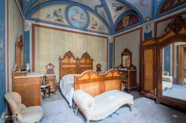 Abandoned Villa Italy Urbex 1 1024x679 Urbex Gallery