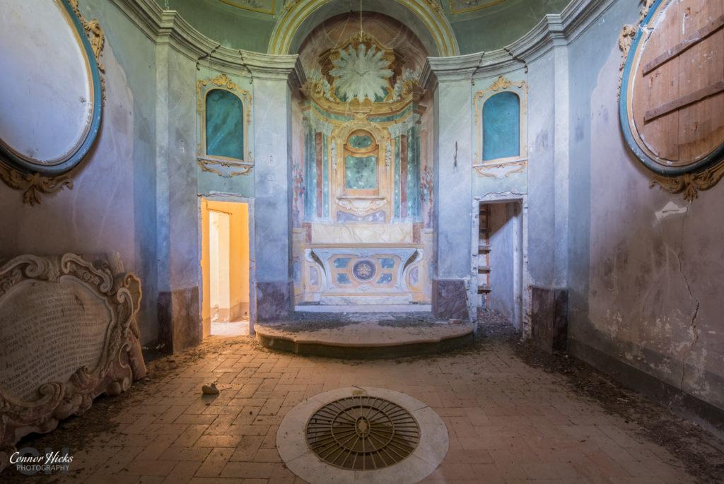 Urbex Villa Crypta Italy Crypt 1024x685 Villa Crypta, Italy