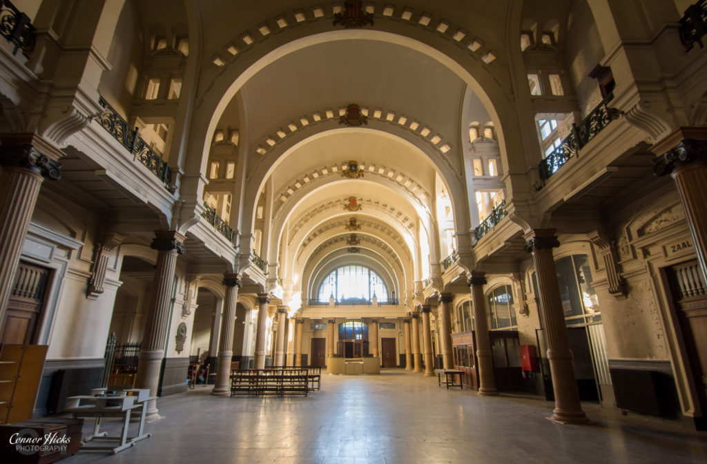 courthouse belgium urbex 1024x673 Oud Justitiepaleis, Belgium