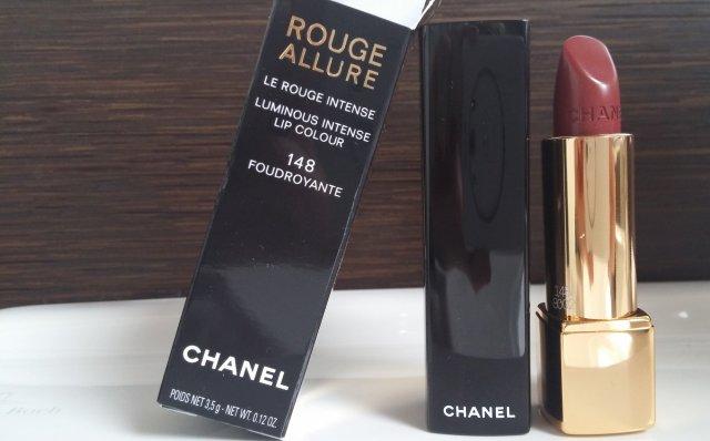 20150103_105653_Chanel_RougeAllure_LeRouge_Intense_148