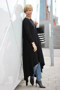 IMG_1285a_Jersey_Dress_Cos_SkinnyJeans_AllSaints_BrunoPremi_AnkleBoot_Stella&Dot_DressandJeans_ConnyDoll_AHemadundaHos