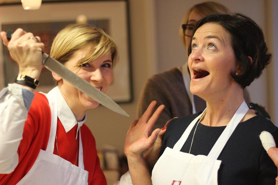 ...aber wer glaubt, dass es in der Küche nur harmonisch zugeht... Haaaa - Finger weg von meiner Schokolade liebe Denise