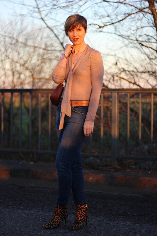 IMG_9649a_Leoboots_Schluppenpulli_HighwaistJeans_Zara_Parka_OversizedScarf