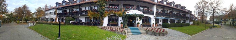 Panoramabild, Vorderansicht, Hotelbar, Restaurant, Hirsch, Hotel 3Quellen-Therme, Bad Griesbach, Wellness, Beauty, Conny Doll Lifestyle