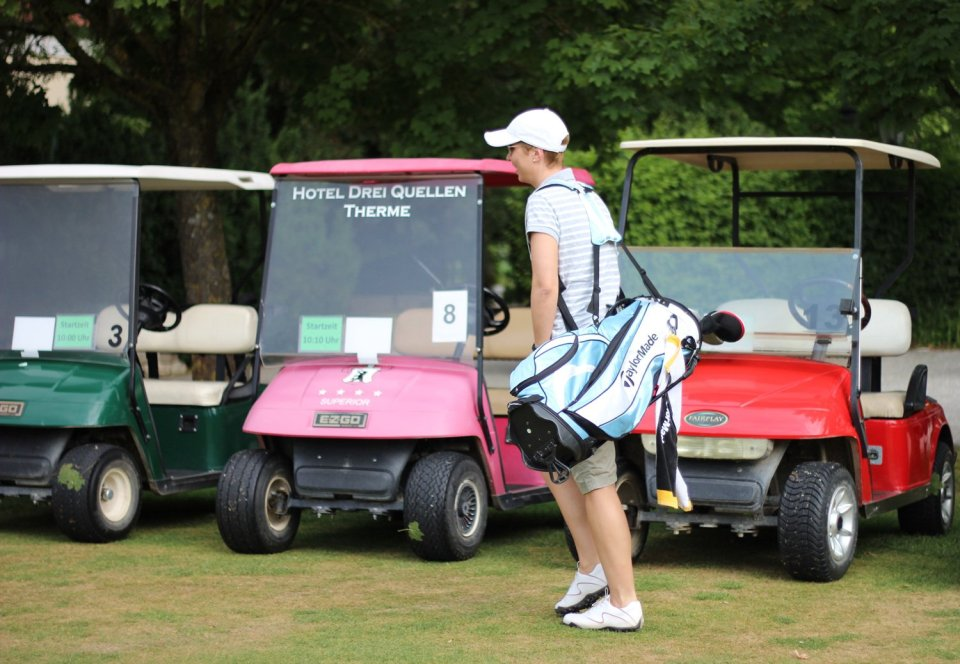 Golfclub Sagmühle, Conny Doll spielt Golf, auf gehts