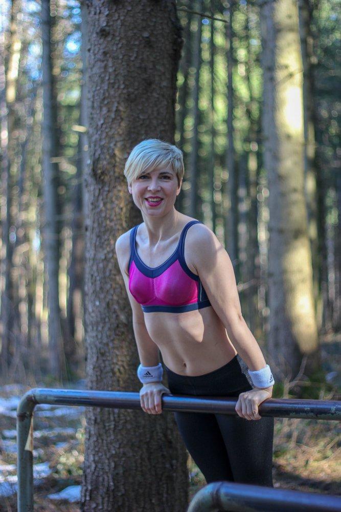 online retailer c9228 3105c Wie Du den richtigen Sport-BH für kleine Brüste findest...