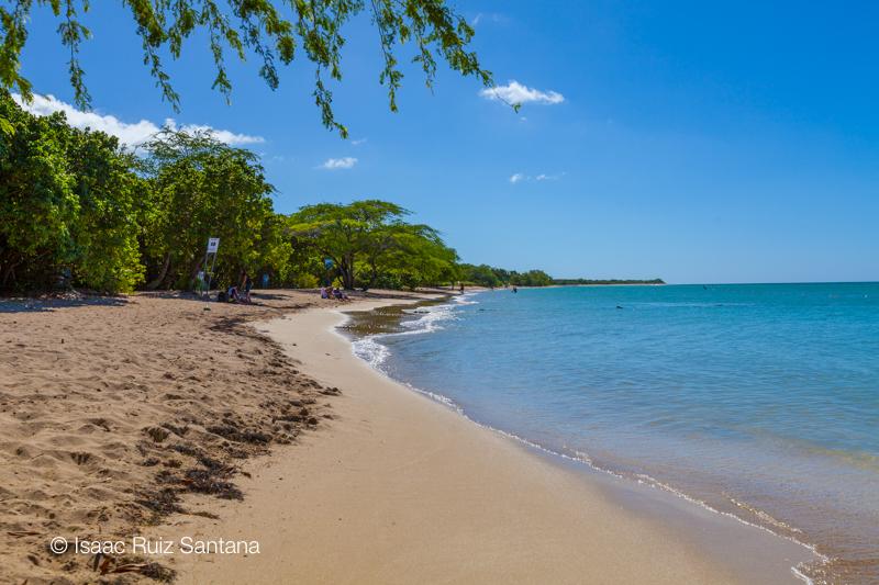 Conoce a puerto rico playa el combate for Villas koralina combate cabo rojo
