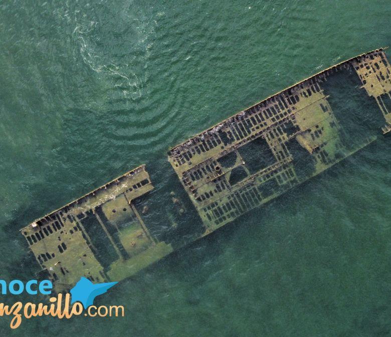 Barco Hundido Manzanillo