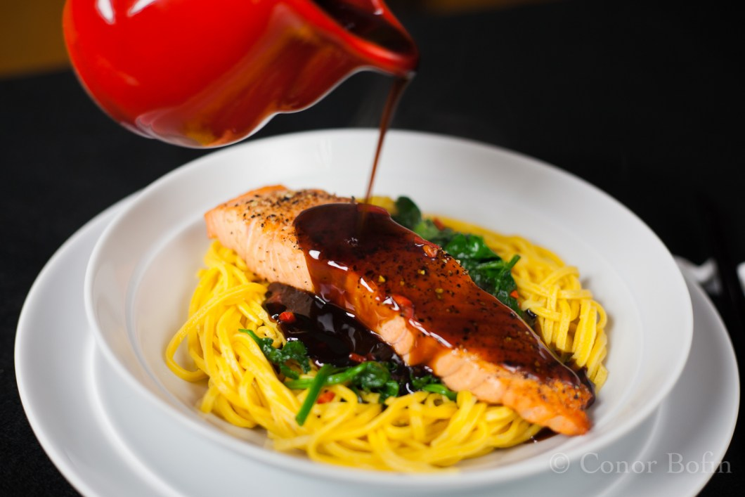 Salmon with teriyaki sauce (7 of 8)