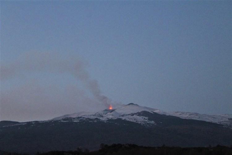 Eruzione dell'Etna 27 feb 2017 (foto di Guglielmo Manitta)