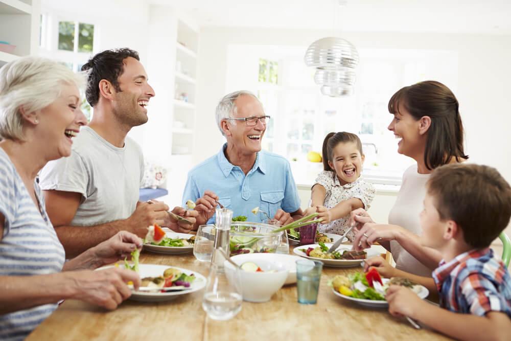 comer en familia
