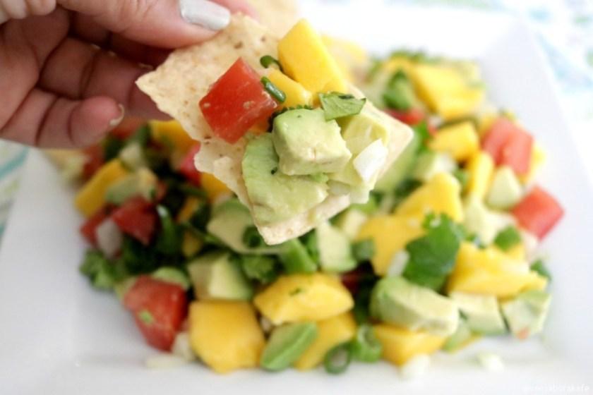 Delicioso y fresco Ceviche de Aguacate y Mango via @consaborakafe