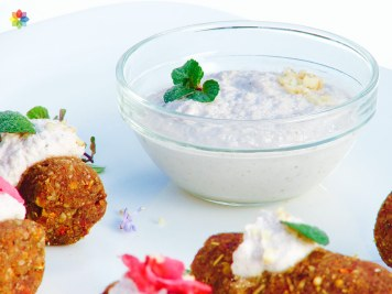 Kofta con yogur de nueces