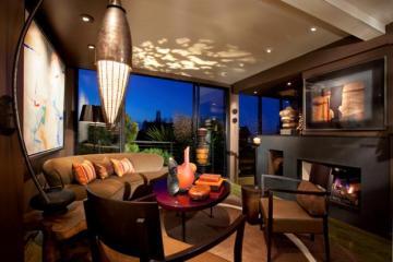 Lighting Design: Randall Whitehead