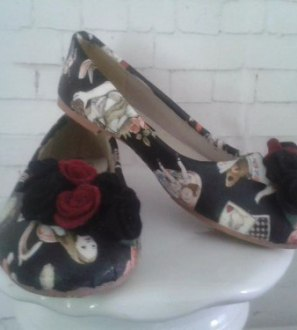 Ladies flat shoes restyle - Customise your own shoes!