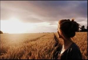 Cómo eliminar los pensamientos negativos - Disfruta del momento presente