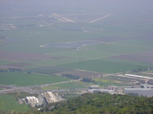 Ramat-David AFB: staging area against the Iran nuclear program?