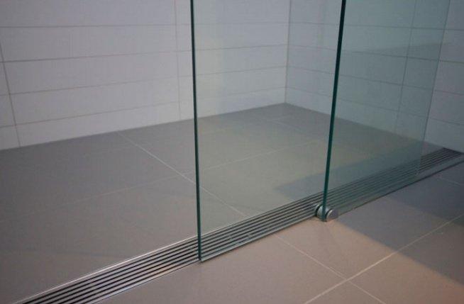 les parois et portes de douche
