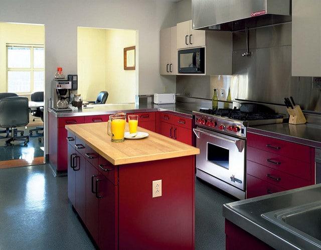 cuisine rouge en inox