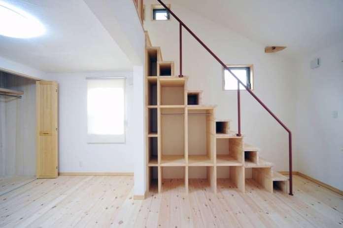 espace-vide-sous-escalier-norinori303