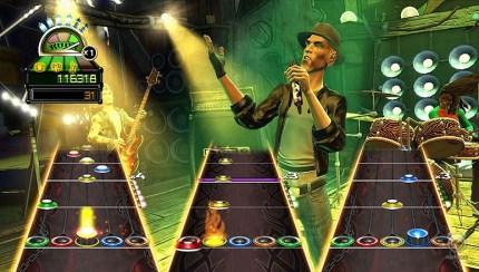 Oasis' Noel Gallagher Snaps Guitar Hero's Strings