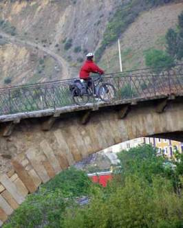 Crossing the bridge in Villafranca