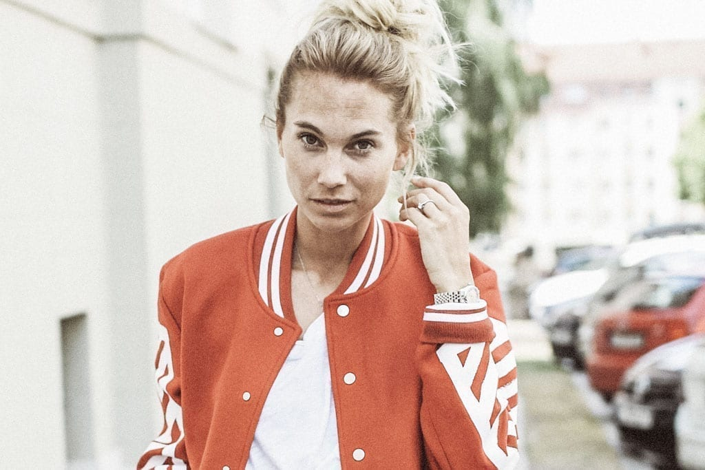 Constantly-K-karin-kaswurm-white-red-rieger-jacket-salzburg-fashion-street-style-8388-2