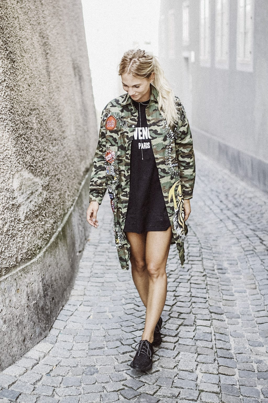CK-1606_salzburg-fashion-street-style-look-magazine-karin-kaswurm-electric-love-2016-festival-camouflage-military-jacket-8941