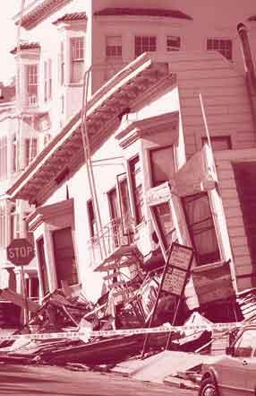 Casa destruída por terremoto