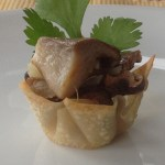 mini ginger pork cups