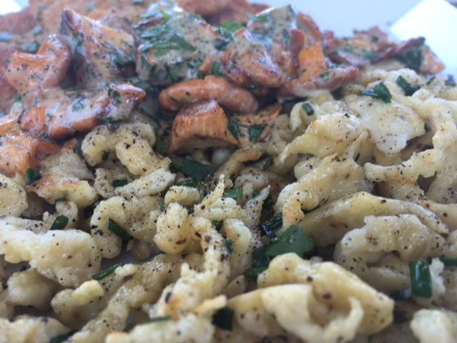Spatzle and mushrooms