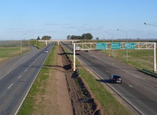 Autopista Rosario-Santa Fe. El fracaso de una concesión   Construar.com.ar