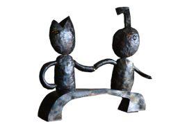 """""""Contacto"""", escultura en fierro reciclado. 103x18x95 cm. 2016"""