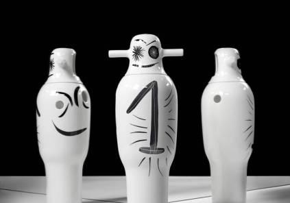 Parte de la serie de Jarrones SHOWTIME del diseñador español Jaime Hayon