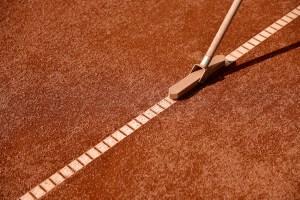 terrain-de-tennis-en-terre-battue