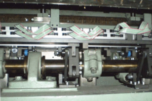 piezo system cut and loop tufting machine