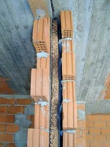 Per capire se una parete è correttamente isolata acusticamente occorrono le misurazioni effetuate da un Consulente Esperto in Acustica