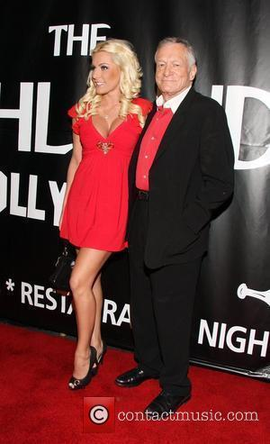 https://i2.wp.com/www.contactmusic.com/pics/mb/lengths_for_love_150209/hugh_hefner_2292042.jpg