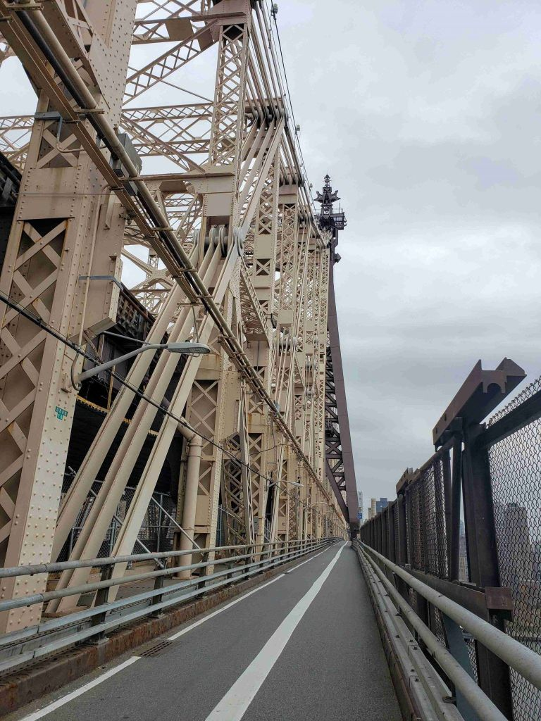 Senda Peatonal en Queensboro Bridge