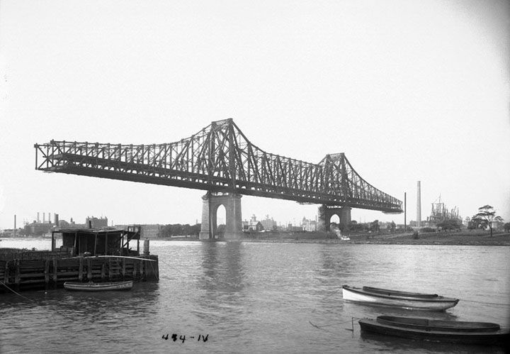 queensboro-bridge-under-construction-on-august-8-1907-eugene-de-salignaccourtesy-nyc-municipal-archives