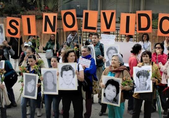 """Min. Hacienda tiene """"engavetado"""" presupuesto para buscar los desaparecidos"""