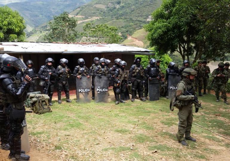 Gobierno no resuelve infracción al derecho humanitario en El Mango, Cauca